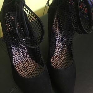 Zara Basic Colllection Heels: WORN ONCE
